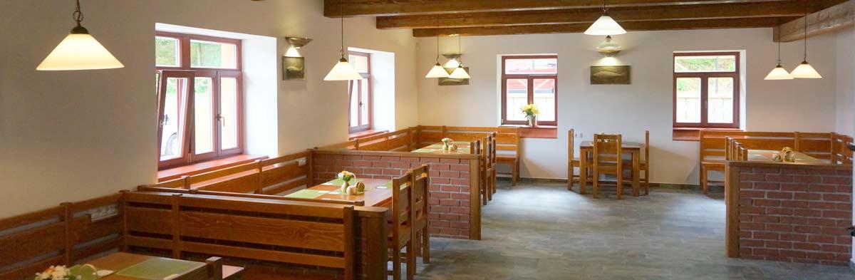 Interiér restaurace Pěšárna